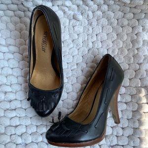 Seychelles black loafer heels pumps black size 6